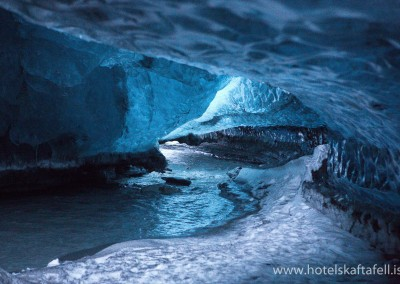 Ice caves close to Hótel Skaftafell, we strongly reccomend that you only visit the caves with an experinced glacier guide