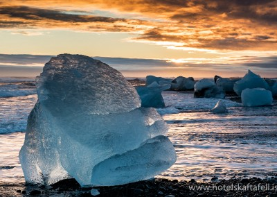 From the Glacier Lagoon, 50 kilometers / 30 miles east of Hótel Skaftafell